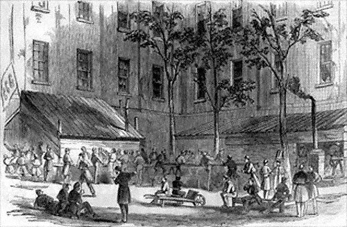 Soldiers Cooking in Treasury Courtyard